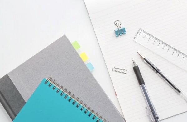 メモはアプリと手書きのハイブリッド派が多数。直感で書き起こせるアプリが求められている。
