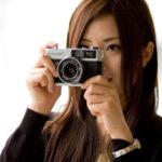 """写真撮影の定番はスマホ。A型の人は""""撮りたがり""""という結果に。"""