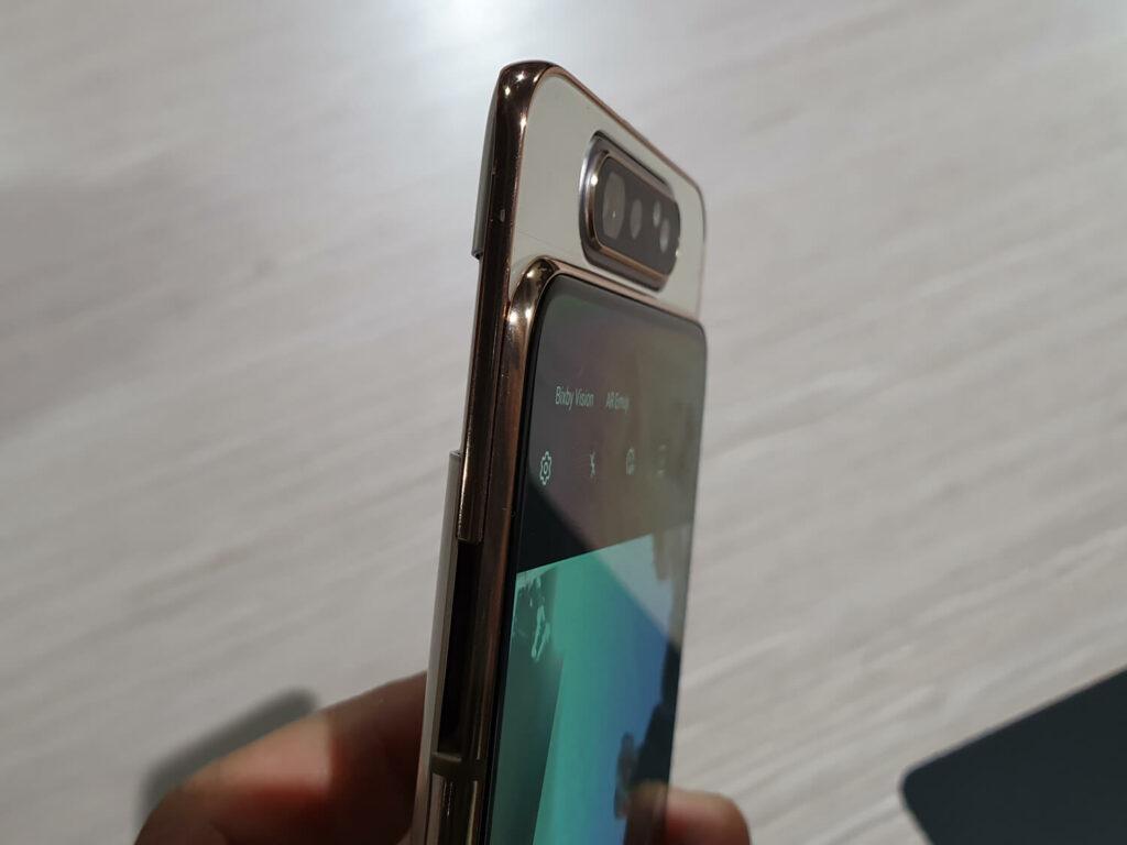 Galaxy A80のカメラ部分のアップ