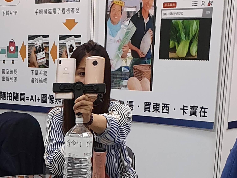 フロントカメラの画質向上が自分で語るライブ配信サービスを加速化させた