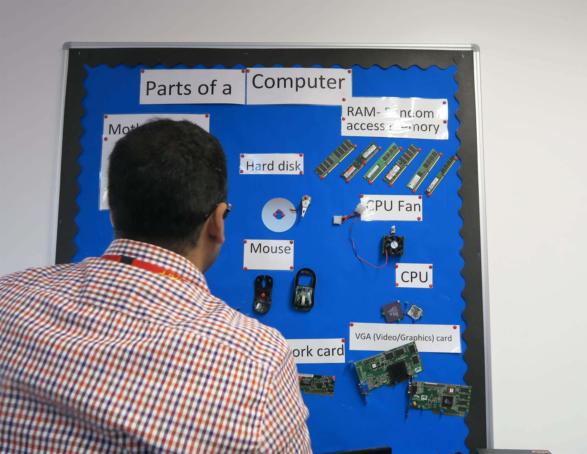 創意工夫する先生、プログラミングの授業