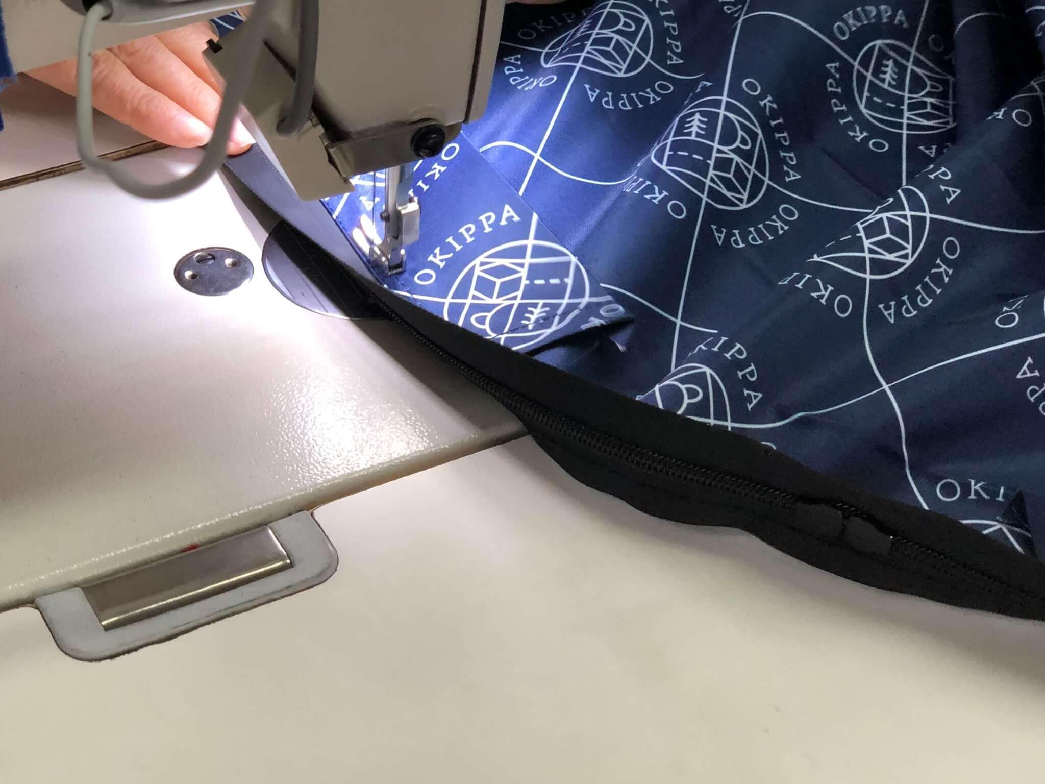 OKIPPAの特長:10万個でもバッグは一点一点手作業