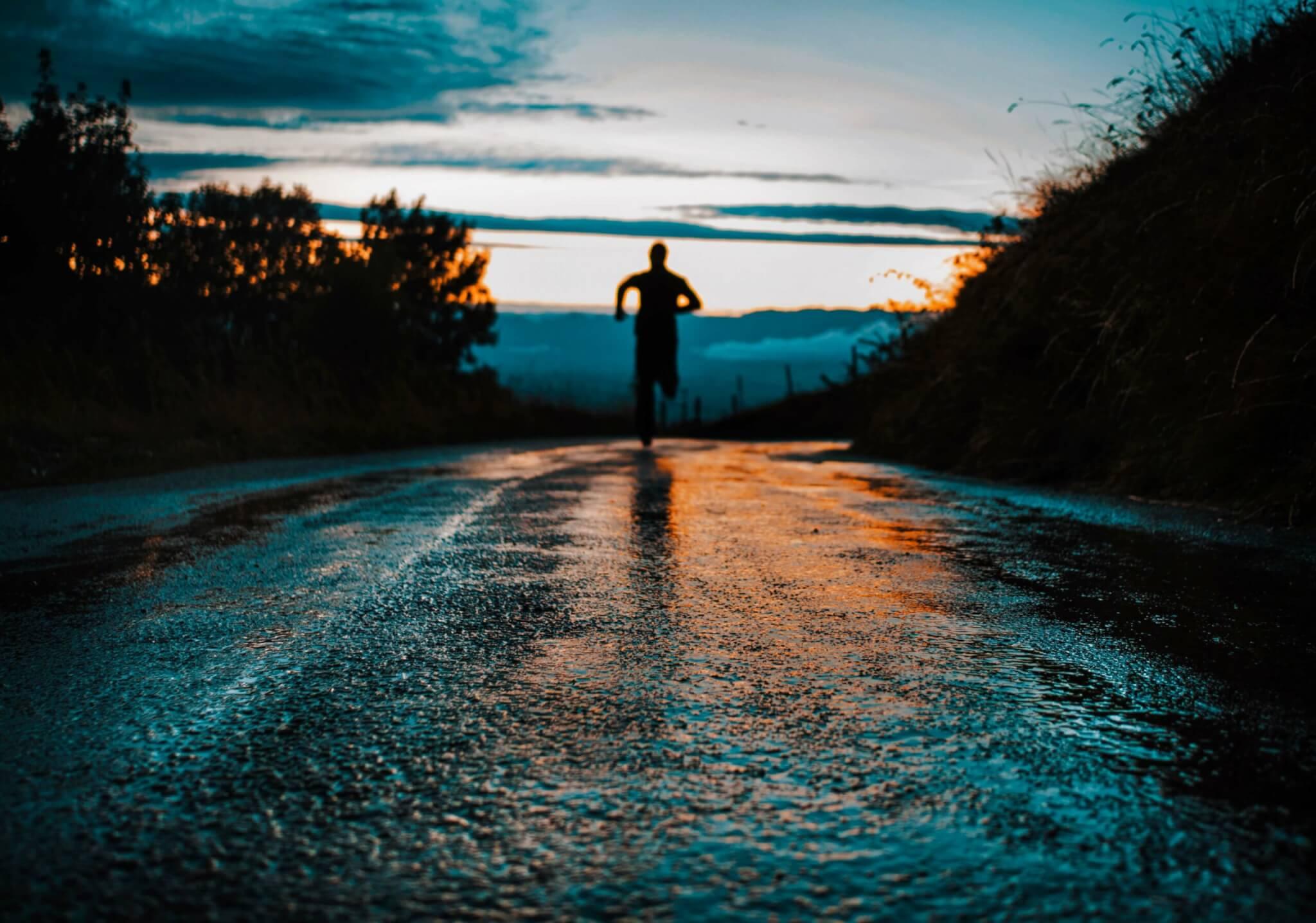路面が濡れている中でのランニング