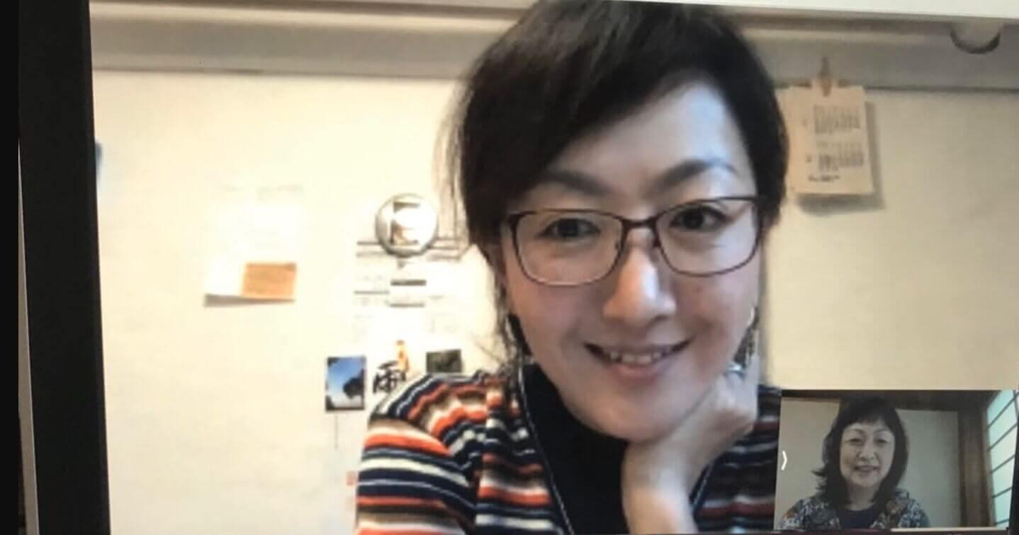 安岡美佳さんと筆者