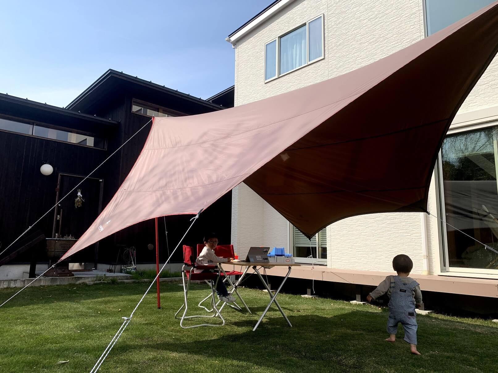 自宅、アウトドア、テントの様子