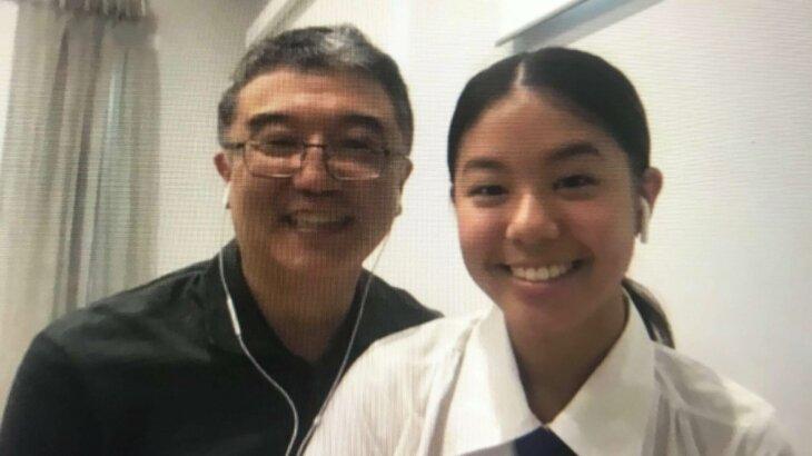 インタビューに答えてくれたミリーさんとお父さん(2020年3月29日日本から筆者撮影)