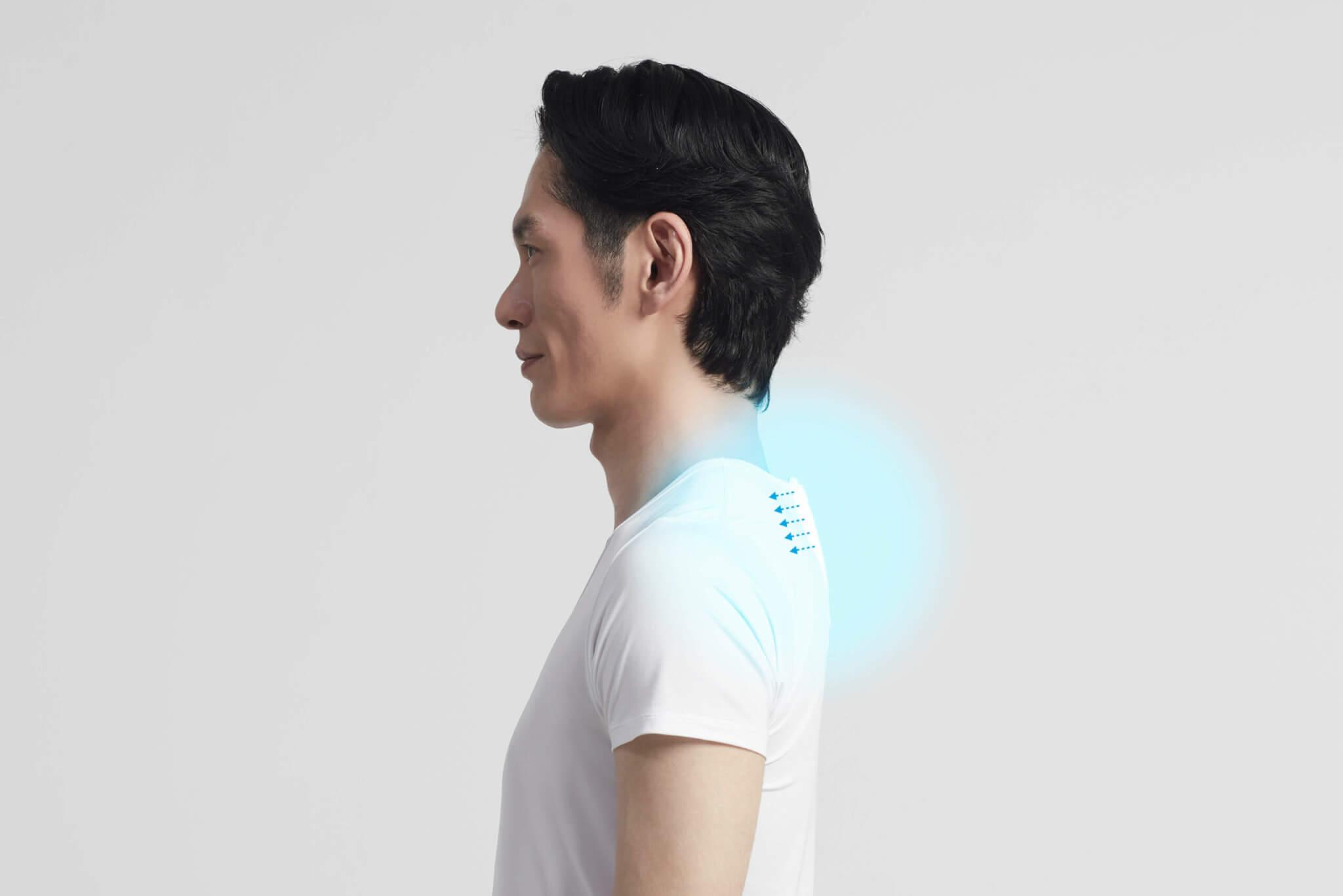 首の下あたりで体に触れる部分が冷たくなり涼しさを感じます