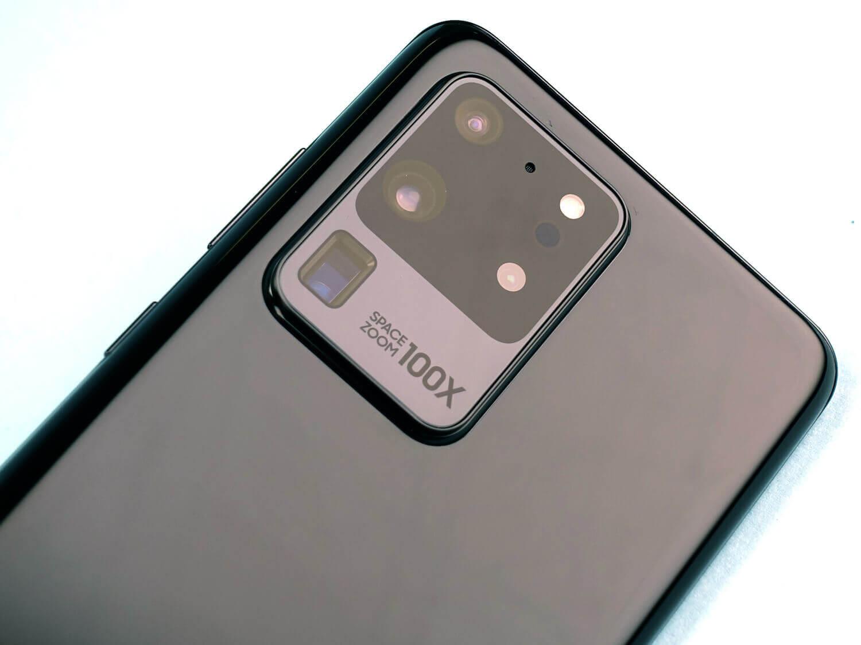 """""""Ultra""""の名前にふさわしい超高性能なカメラを搭載するGalaxy S20 Ultra"""