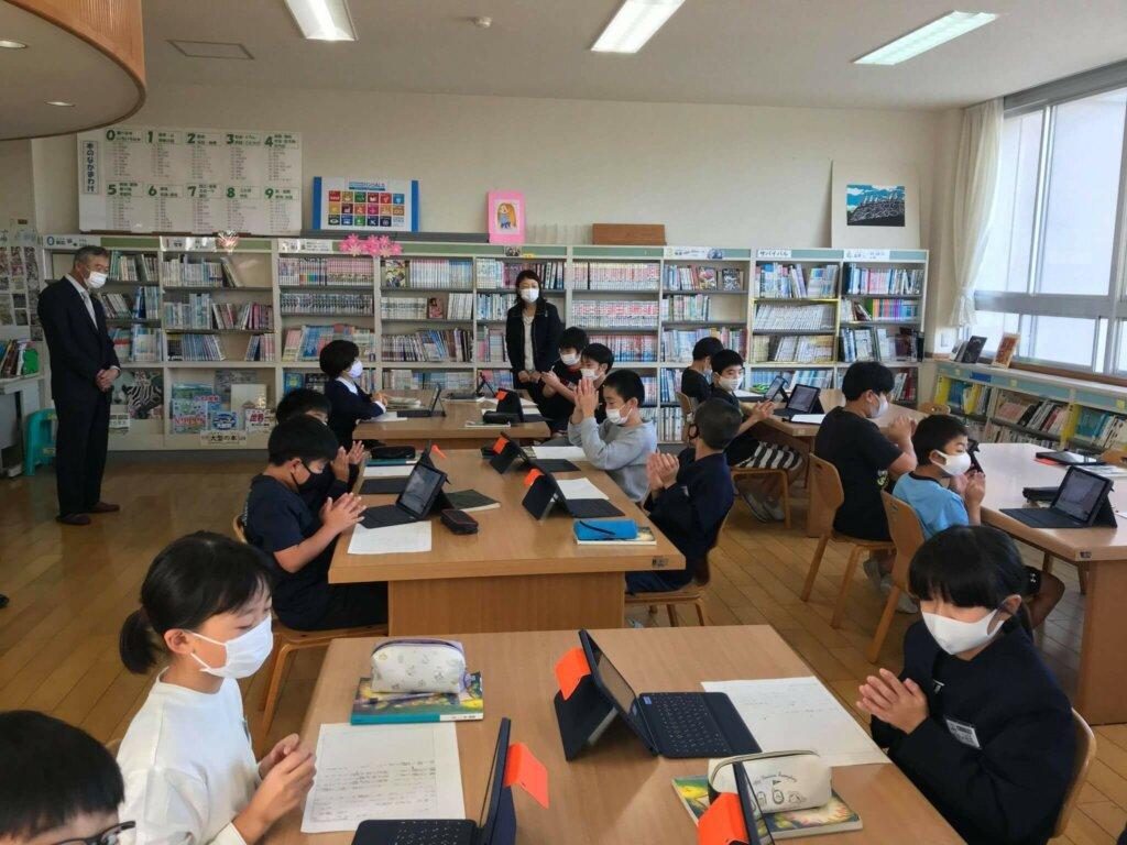 図書室での授業の様子