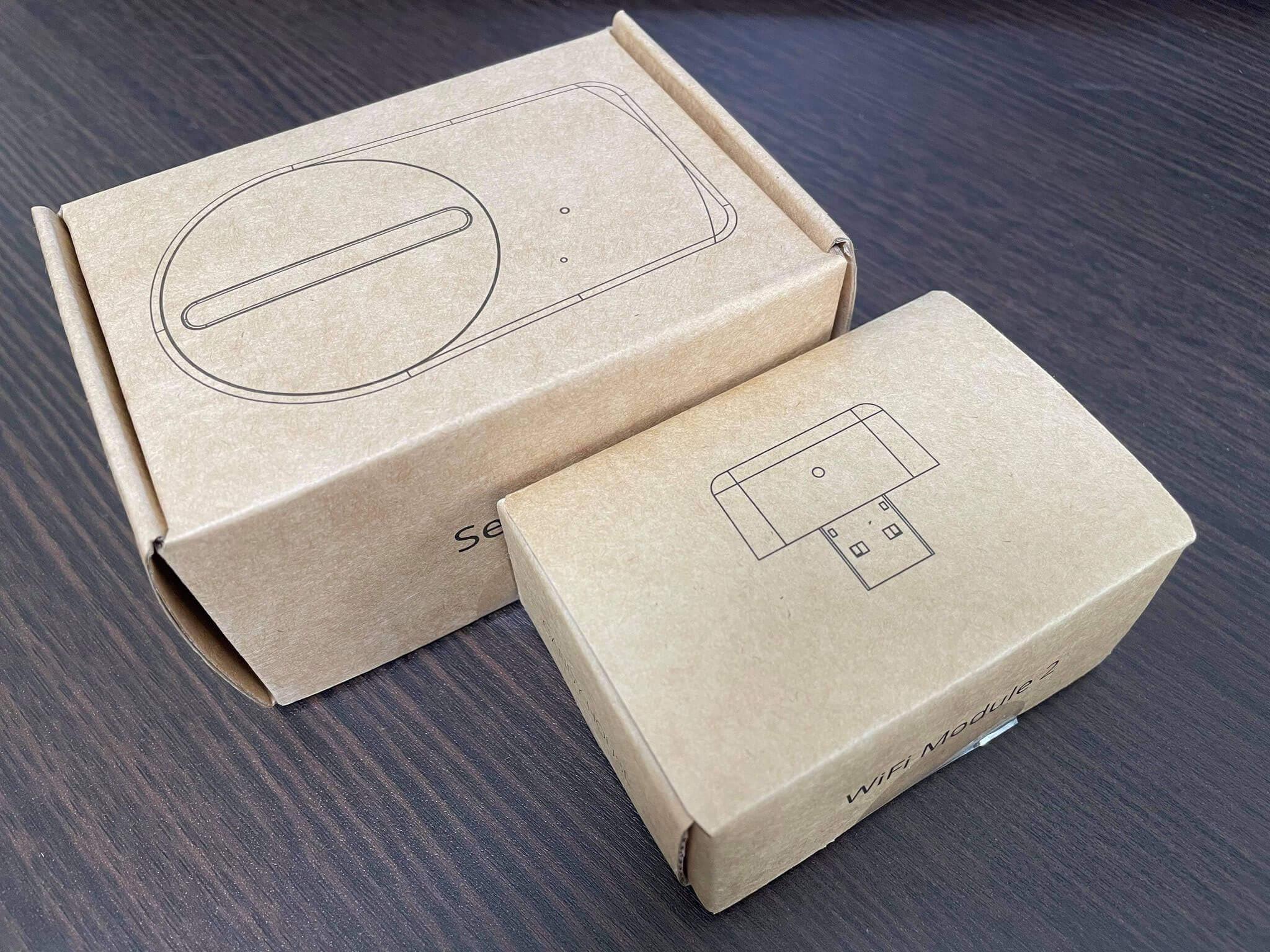SESAMI 3本体(税込6,380円)と、遠隔操作に必要なWiFiモジュール(税込2,178円)が到着