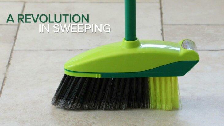 掃き掃除に革命!チリトリのいらないホウキ 「EASY SWEEP」が日本初上陸。ネット通販で販売開始!